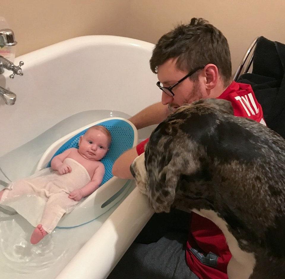kutya lett a pici baba legjobb barátja