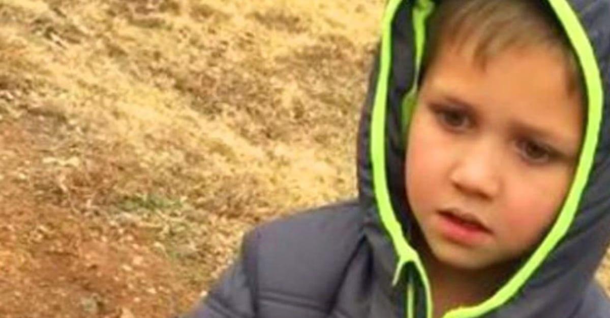 A kisfiú megállás nélkül kereste a kutyáját