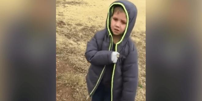 Így örül a gyermek, miután meglátja az 1 hónapja eltűnt kutyáját